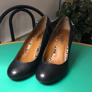 Lucky Brand Wedge Heels Black Leather. Sz 7